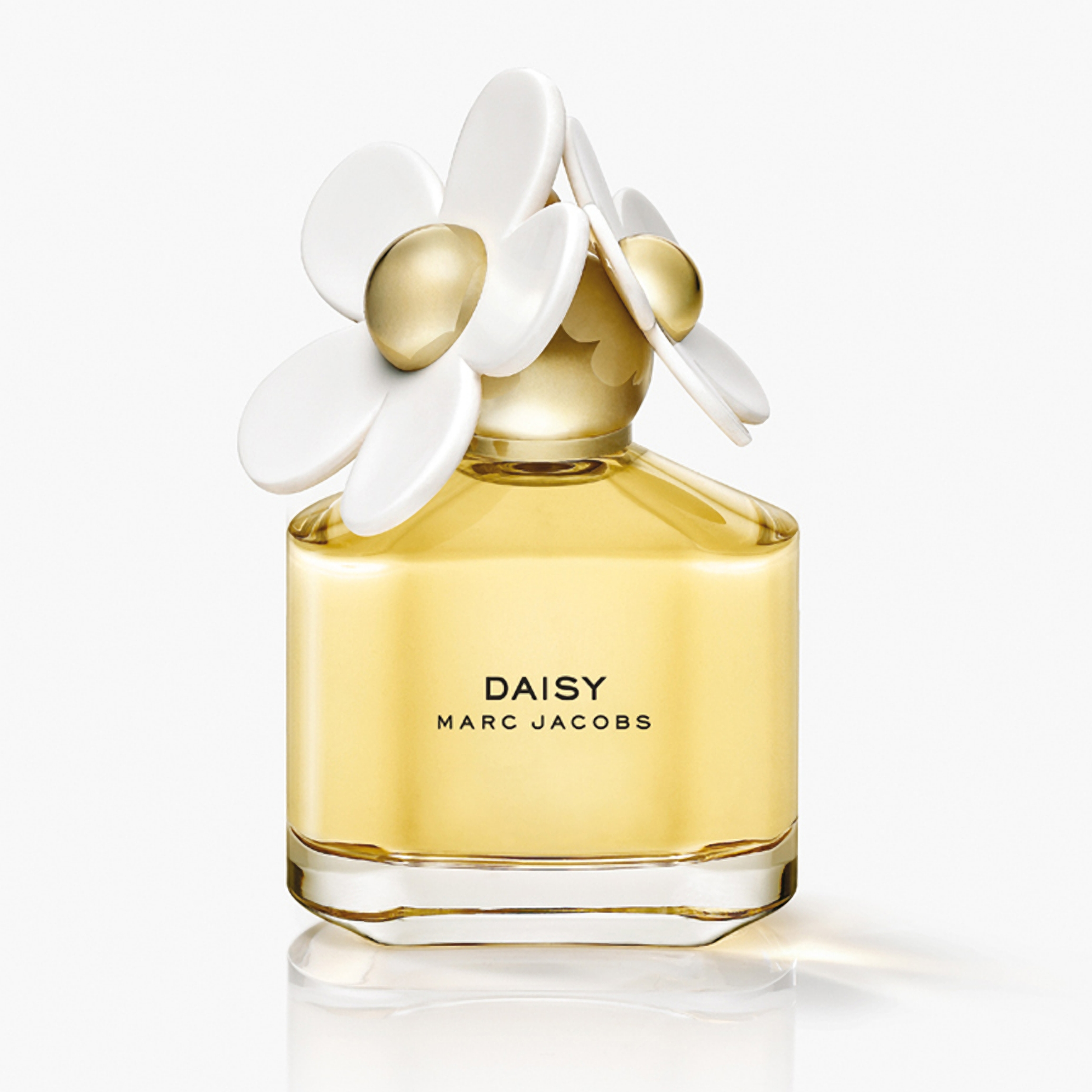 marc jacobs daisy by marc jacobs edt spray 3 4 oz 100 ml. Black Bedroom Furniture Sets. Home Design Ideas